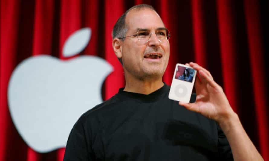 steve jobs with iPod