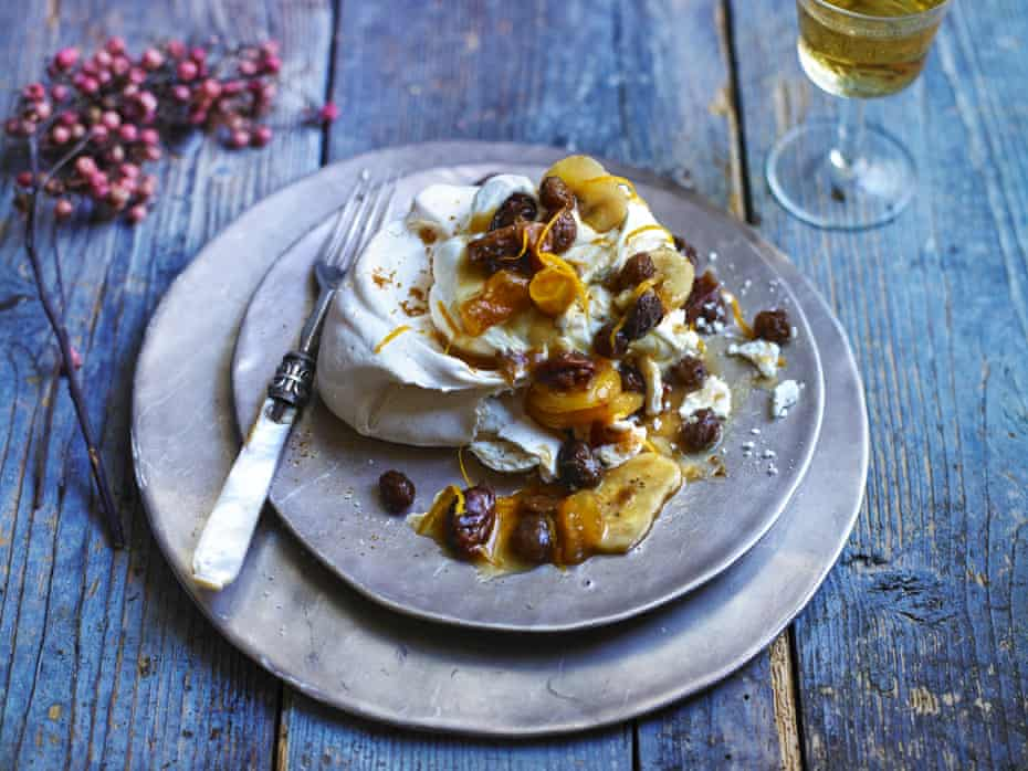 Mace meringue with dried fruit compote and brandychantilly cream