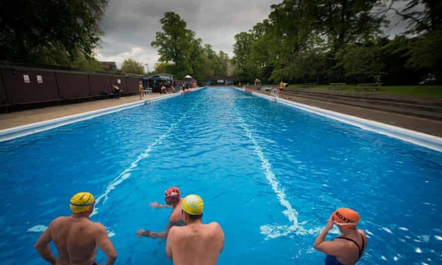 Cold water swimming at Jesus Green Lido Cambridge.