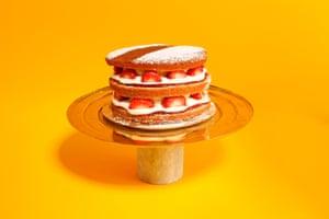 Tom Dixon Stone Cake Stand Presentation is everything. tomdixon.net, £110