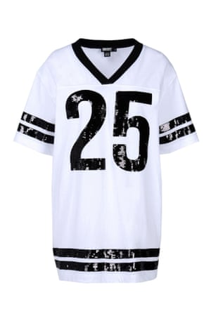 white and black t shirt with sequins '25'