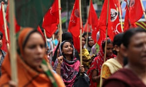 Garment workers protest for due payments before Eid