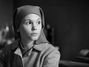 The extraordinary Agata Trzebuchowska in Ida.