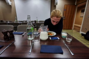Finally at the dinner table, Laura streams the ongoing competition at the velodrome. It's just in time to see her teammates Owain Doull and Mark Christian claim gold in the Madison.