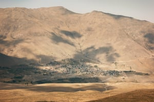 The village of Nandal on the mountain across from Damavand is a place to stock up on supplies.