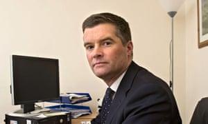 Mark Harper resigns over cleaner