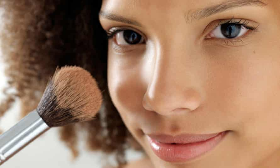 make up girt brush date ready