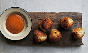 Salt cod fritters, roasted garlic and tomato sauce