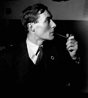 Tony Benn in pictures: Anthony Wedgewood Benn, aged 27 in 1950, Labour Party candidate in the  Bri