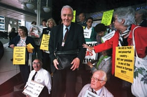 Tony Benn in pictures: With pensioners protesting at the Labour conference in 2000