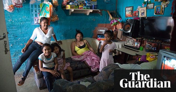 La Torre De David The Vertical Slum Of Caracas In Pictures Cities The Guardian