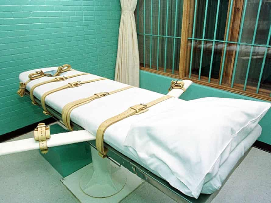 Lawyers and campaigners are challenging the use of unofficial compounded pentobarbital mixtures for executions in the US.