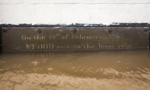 A plaque on the flooded wall of Worcester's Old Rectifying House reads 'On the 12th of February 1795 the flood rose to the lower edge'.
