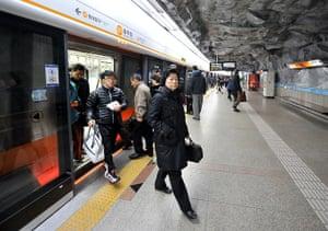 Top 10 trains: Seoul Chungmuro subway station