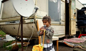 Roma encampment near Paris