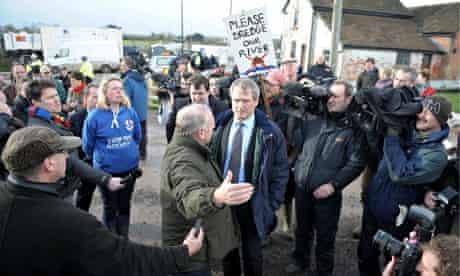 Owen Paterson (centre) visiting flood-hit Somerset Jan 27