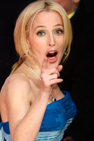 Gillian Anderson gives pointers.