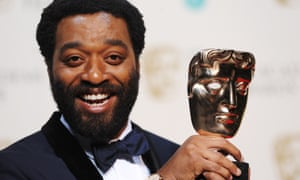 Chiwetel Ejiofor with his best actor award.