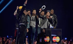 Bruno Mars and Co receives the award for International Male Solo Artist.