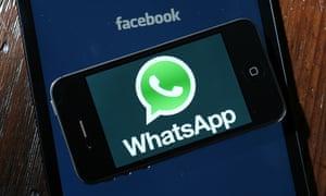 Facebook Whatsapp logos