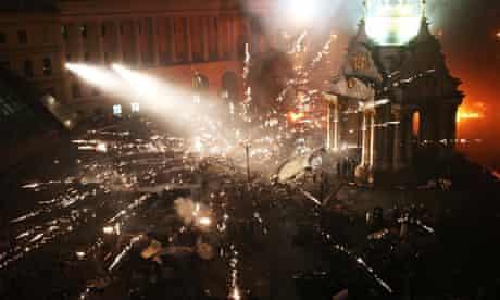 Police and protesters clash in Kiev, Ukraine