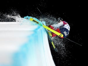 Annalisa Drew of the United States crashes in the freestyle skiing ladies' halfpipe finals.