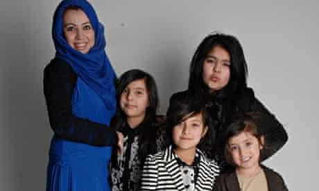 Arissa, mum and sisters