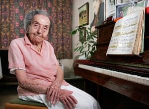 Alice Herz-Sommer: 2010: Portrait of Alice Herz-sommer, 106, at her flat in Belsize Park, Lond