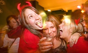 Binge-drinking students