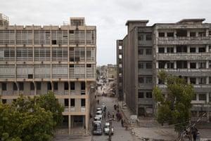 Mogadishu - Lost Moderns: Office buildings, Shingani district