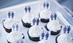 Same-sex wedding cakes
