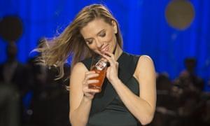Scarlett Johansson Sodastream