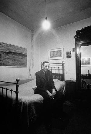 William Burroughs: Burroughs in the Beat Hotel, Paris, 1959