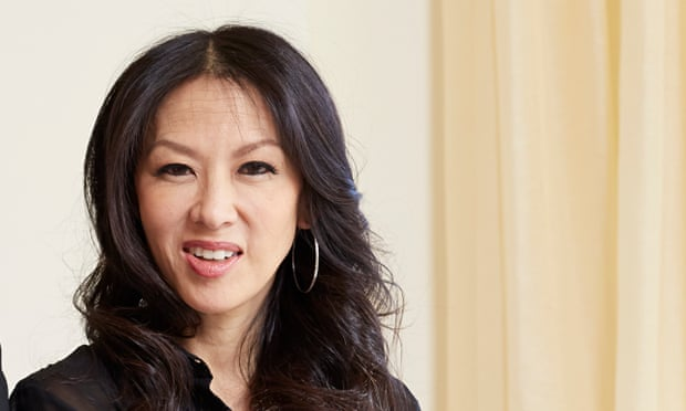 "is amy chua a good mother In ""battle hymn of the tiger mother,"" amy chua offers a highly readable screed on the art of obsessive parenting."
