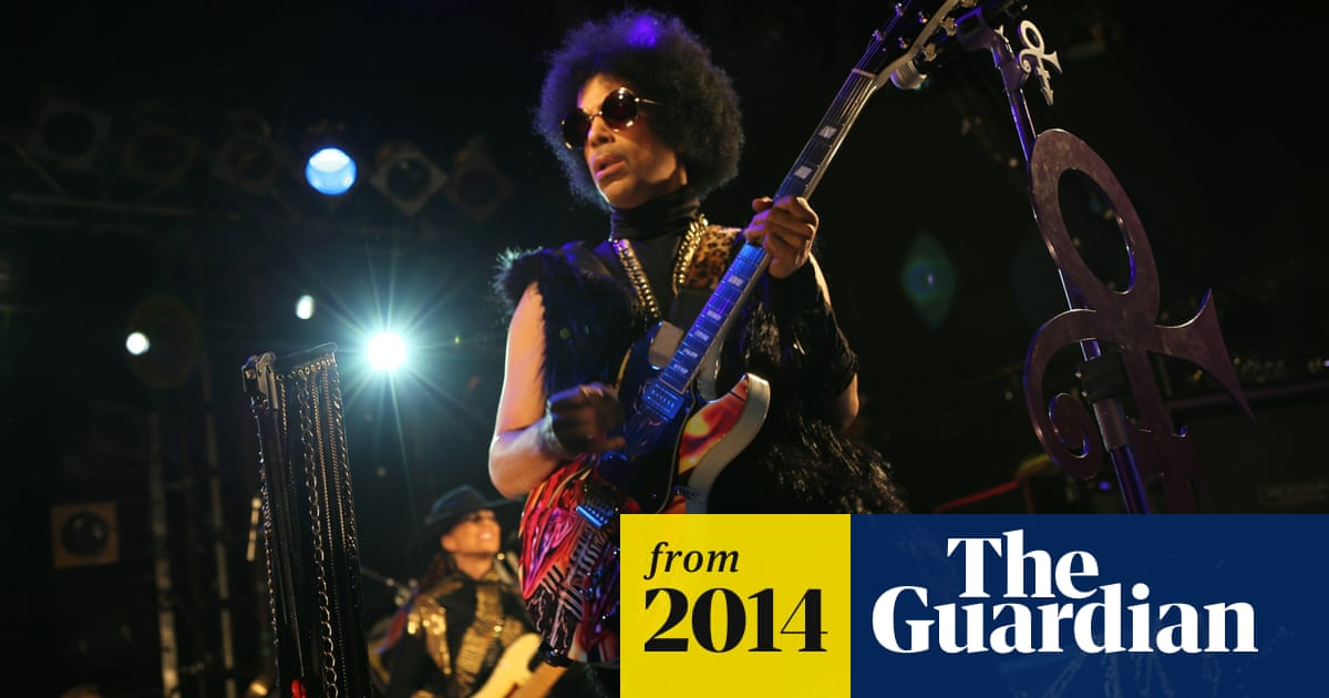 Take me with U: Prince gets intimate in London with first of