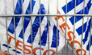 MPs have criticised Defra's handling of preparation for a 5p charge on plastic bags in England