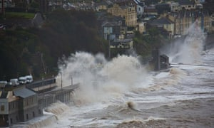 Storm hits railway at Dawlish, Devon
