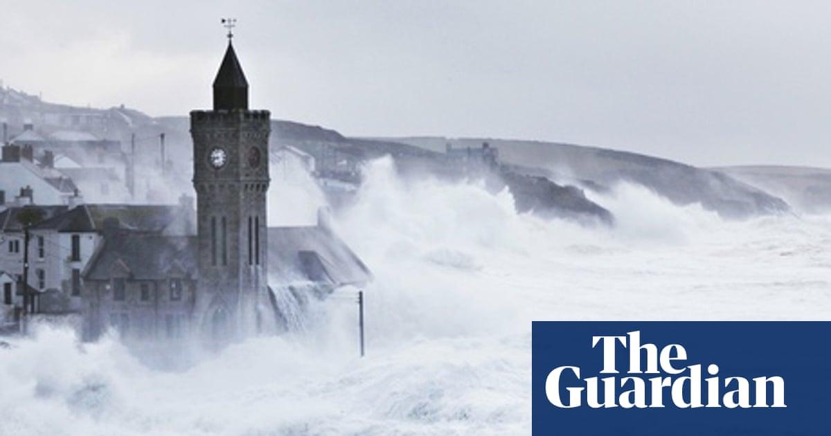 Should coastal Britain surrender to the tides?