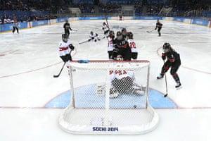Sochi Day one roundup: Women's Ice Hockey  - Canada vs Switzerland