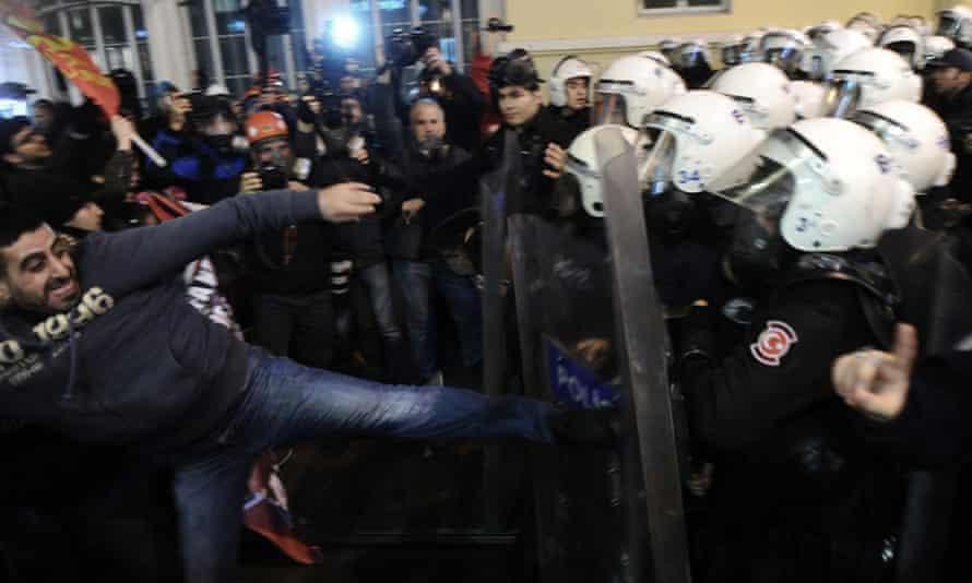 Istanbul riot