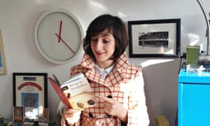 Miriam Elia reads her spoof Penguin book We Go to the Gallery