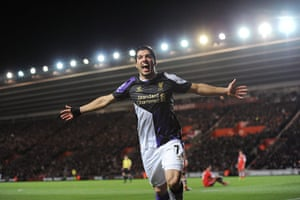 saturday roundup: Luis Suarez celebrates