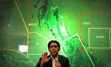 Malaysia's civil aviation chif Azharuddin Abdul Rahman briefs reporters on the search and recovery