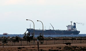 Rebel group manoeuvres over Libya's oil could lead to