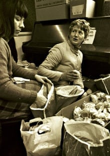 Miners wives distribute food