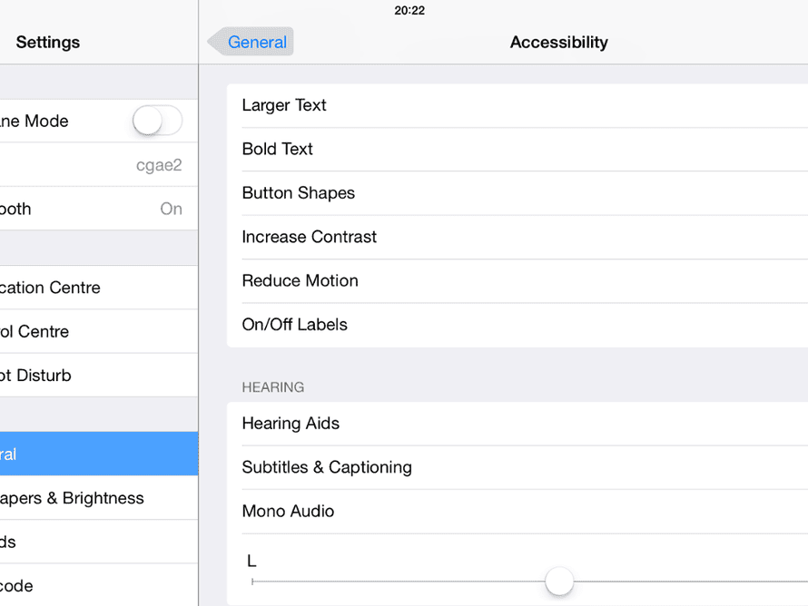 liOS 7.1: buttons can have a background
