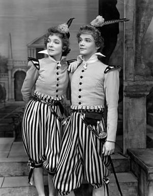 Tweflth Night: Helen Hayes and Maurice Evans in a production at the St. James Theatre