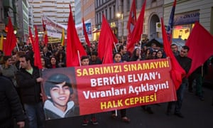 People protesting about the death of teenager Berkin Elvan at his funeral ceremony in Istanbul