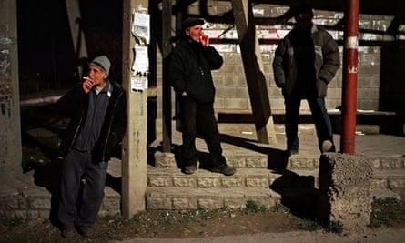 Tatar men patrol