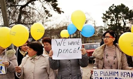 Crimea peace protest